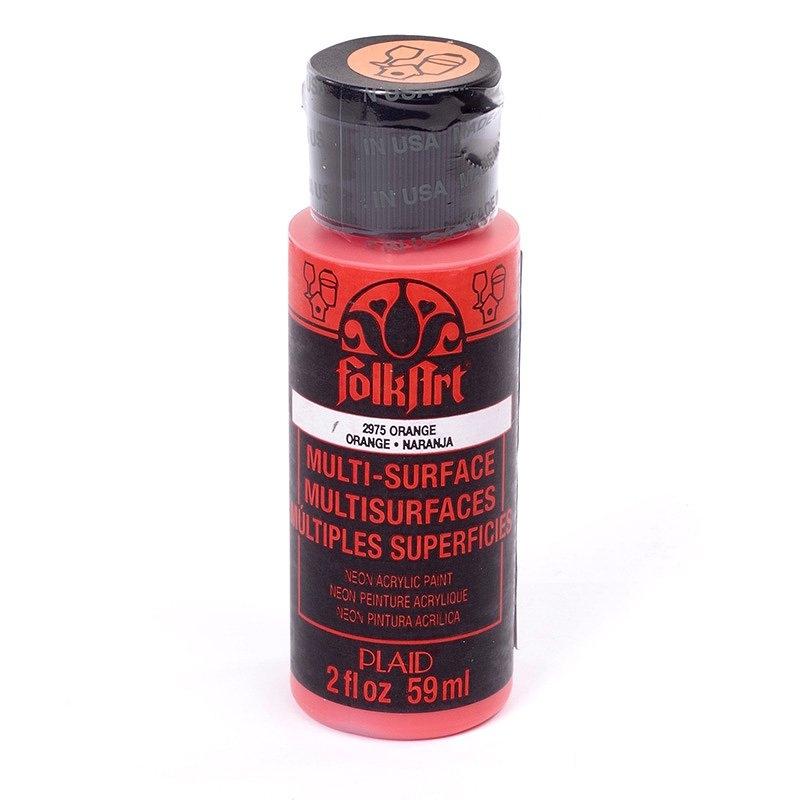Краска акриловая FolkArt Multi-Surface Neon, цвет: оранжевый неон (2975), 59 млPLD-02975Краска акриловая FolkArt Multi-Surface Neon - это прочная погодоустойчивая сатиновая краска яркого неонового цвета. Не токсична, на водной основе. Предназначена для различных видов поверхностей: стекло, керамика, дерево, металл, пластик, ткань, холст, бумага, глина. Идеально подходит как для использования в помещении, так и для наружного применения. Изделия, покрытые такой краской, можно мыть в посудомоечной машине в верхнем отсеке. Перед применением краску необходимо хорошо встряхнуть. Краски разных цветов можно смешивать между собой. Перед повторным нанесением краски дать высохнуть в течении 1 часа. До высыхания может быть смыта водой с мылом.