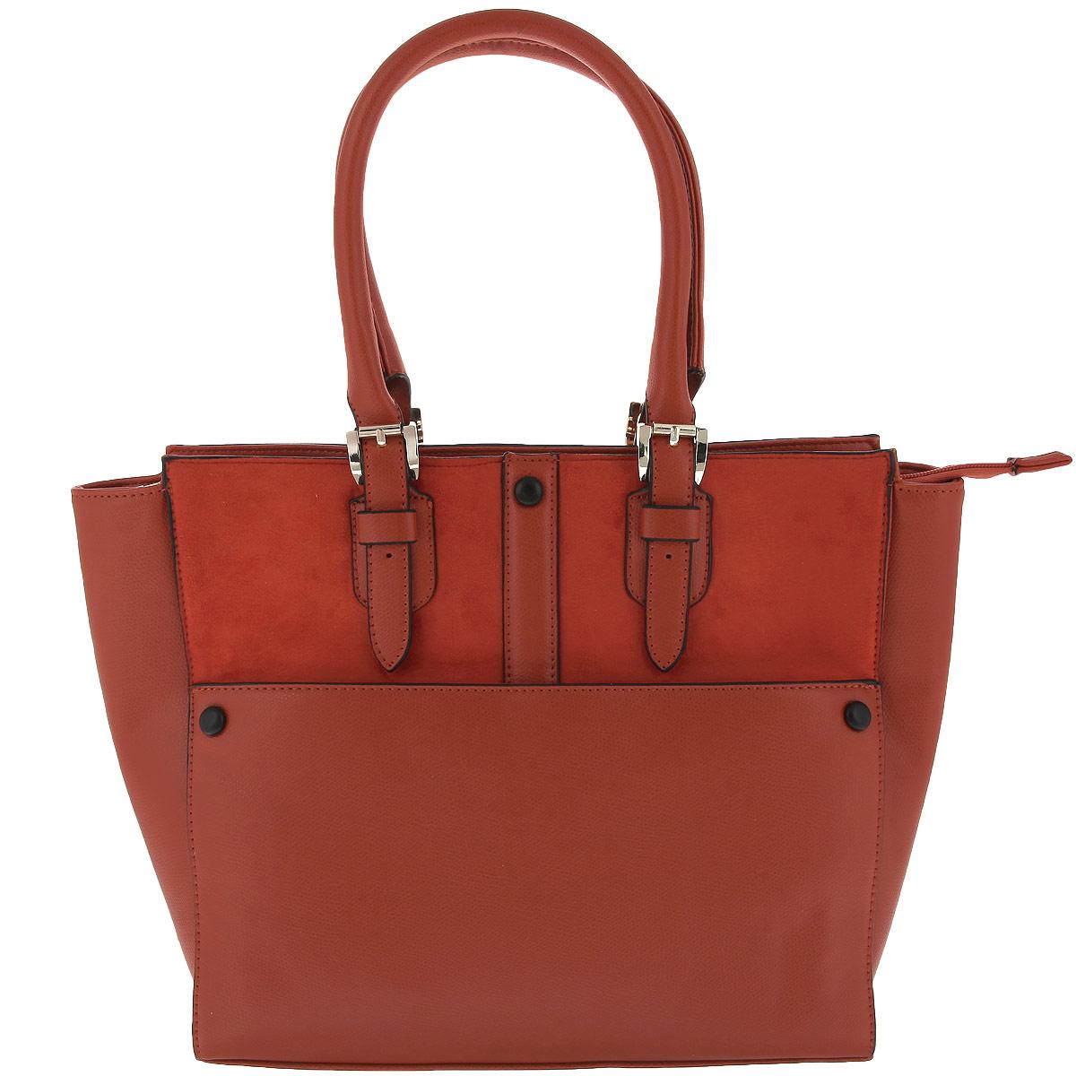 Сумка женская Renee Kler, цвет: рыжий. RK265-04RK265-04Стильная женская сумка Renee Kler изготовлена из искусственной кожи, оформлена вставкой из замши и декоративными заклепками из кожи черного цвета. Изделие закрывается на удобную застежку-молнию. Внутри - одно вместительное отделение, несколько накладных карманчиков для мелочей, телефона и врезной карманчик на застежке-молнии. Внешняя сторона дополнена накладным карманчиком на магнитной кнопке. Дно дополнено металлическими ножками, защищающими изделие от повреждений. Изделие упаковано в фирменный чехол. Роскошная сумка внесет элегантные нотки в ваш образ и подчеркнет ваше отменное чувство стиля.