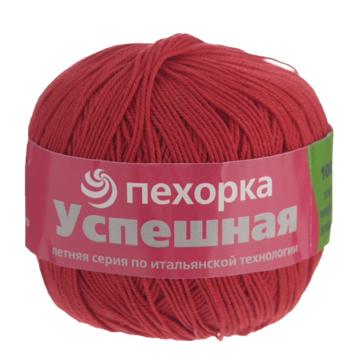 Пряжа для вязания Пехорка Успешная, цвет: красный (06), 220 м, 50 г, 10 шт360068_06_06-КрасныйПряжа для вязания Пехорка Успешная изготовлена из 100% мерсеризованного хлопка. Пряжа, прошедшая обработку под названием мерсеризация, приобретает блеск, ее легко окрасить в яркие устойчивые цвета. Мерсеризованный хлопок мягкий и шелковистый, он хорошо впитывает влагу. Изделия из такой пряжи меньше мнутся при носке и не садятся при стирке. Связанный трикотаж получается теплый, добротный, мягкий и красивый. С такой пряжей для ручного вязания вы сможете связать своими руками необычные и красивые вещи. Рекомендуются спицы и крючок для вязания 3 мм. Толщина нити: 1 мм. Состав: 100% мерсеризованный хлопок.