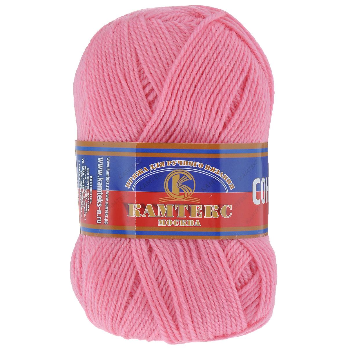 Пряжа для вязания Камтекс Соната, цвет: ярко-розовый (056), 250 м, 100 г, 10 шт136030_056Пряжа для вязания Камтекс Соната изготовлена из 50% шерсти, 50% акрила. Она вяжется легко и свободно, имеет богатую цветовую гамму от теплых пастельных тонов до ярких и смелых оттенков. Ворсистая ниточка ровно складывается в полотно, которое имеет минимальный процент усадки. Из пряжи Соната прекрасно вяжутся теплые туники, жилеты, свитера, платья и многие другие изделия. Рекомендуемые для вязания спицы и крючки 3-5 мм. Состав: 50% шерсть, 50% акрил. Комплектация: 10 шт. Толщина нити: 2 мм.