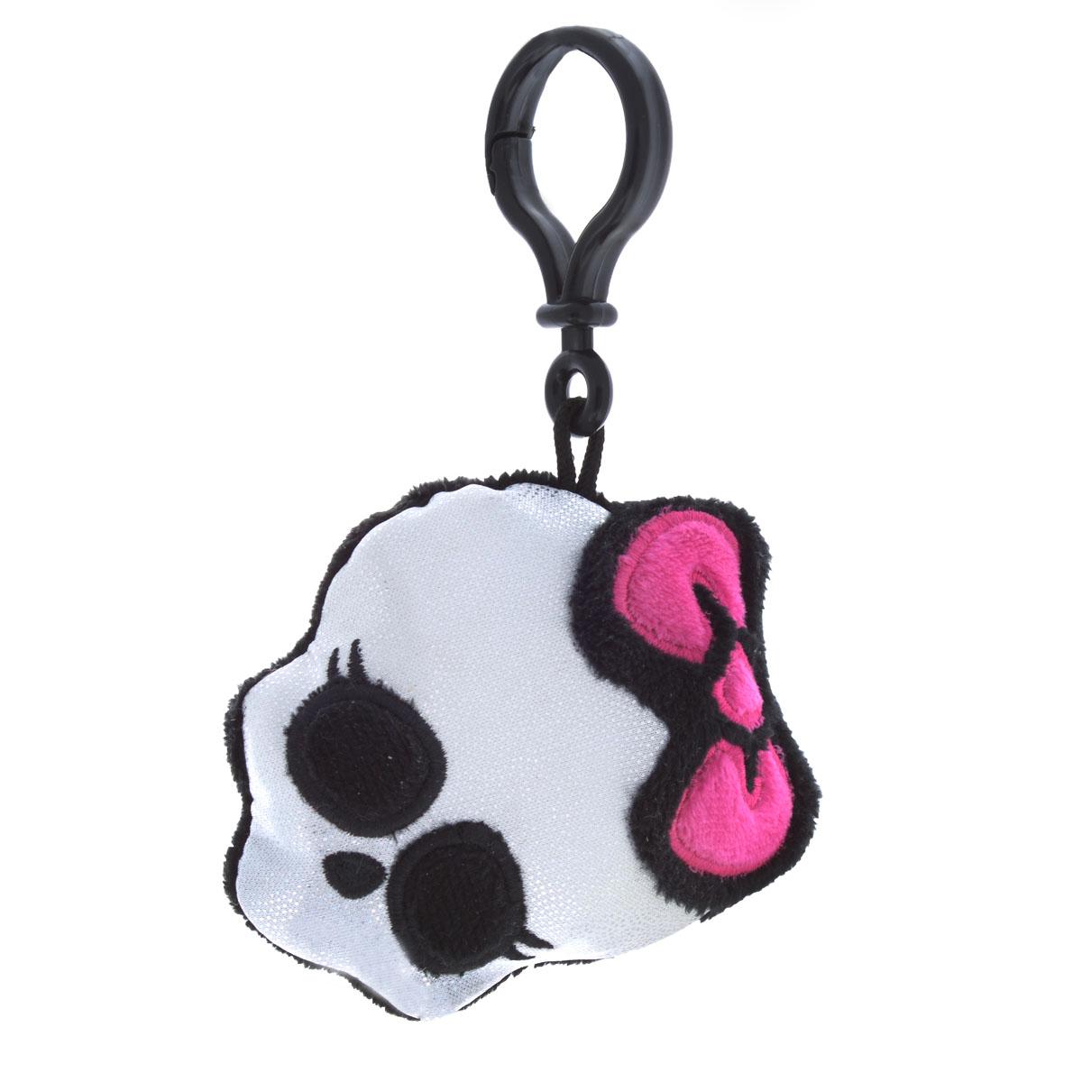 Мягкая игрушка-брелок Monster High Череп, цвет: серебристый, черный, розовый, 9 смТ05Прелестная мягкая игрушка-брелок Monster High Череп приведет в восторг вашего малыша! Брелок выполнен из приятного на ощупь текстильного материала в виде блестящего черепа с розовым бантиком. Пластиковый карабин позволит закрепить брелок на сумке. Прекрасное качество исполнения делают этот брелок чудесным подарком истинному поклоннику мультфильма Monster High (Школа Монстров). Порадуйте своего ребенка!