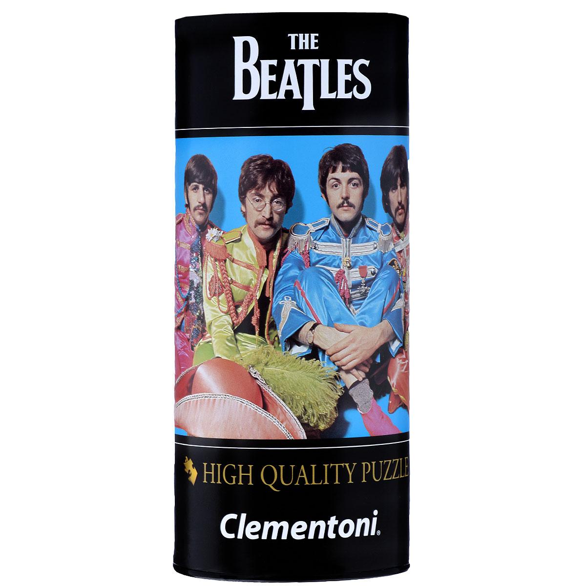 The Beatles, Lucy in The Sky with Diamonds. Пазл, 500 элементов21201Пазл Clementoni The Beatles. Lucy in The Sky with Diamonds, без сомнения, придется по душе любому поклоннику знаменитой четверки. Собрав этот пазл, включающий в себя 500 элементов, вы получите картину с фотографией группы The Beatles, одетых в яркие мундиры, которые были сшиты специально к выпуску знаменитого альбома группы Sgt. Pepper's Lonely Hearts Club Band в 1967 году. Полу Маккартни пришла в голову идея о радикальной смене имиджа группы, и вскоре вместе с дизайнером Робертом Фрейзером они разработали столь необычные костюмы. Пазл - великолепная игра для семейного досуга. Сегодня собирание пазлов стало особенно популярным, главным образом, благодаря своей многообразной тематике, способной удовлетворить самый взыскательный вкус. А для детей это не только интересно, но и полезно. Собирание пазла развивает мелкую моторику у ребенка, тренирует наблюдательность, логическое мышление, знакомит с окружающим миром, с цветом и разнообразными формами.