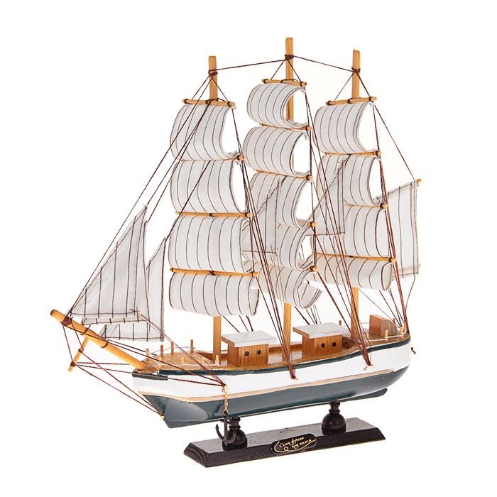 Корабль сувенирный Семь футов под килем, длина 32 см. 452033452033Сувенирный корабль Семь футов под килем, изготовленный из дерева и текстиля, это великолепный элемент декора рабочей зоны в офисе или кабинете. Корабль с парусами помещен на деревянную подставку. Время идет, и мы становимся свидетелями развития технического прогресса, новых учений и практик. Но одно не подвластно времени - это любовь человека к морю и кораблям. Сувенирный корабль наполнен историей и силой океанских вод. Данная модель кораблика станет отличным подарком для всех любителей морей, поклонников историй о покорении океанов и неизведанных земель. Модель корабля - подарок со смыслом. Издавна на Руси считалось, что корабли приносят удачу и везение. Поэтому их изображения, фигурки и точные копии всегда присутствовали в помещениях. Удивите себя и своих близких необычным презентом. УВАЖАЕМЫЕ КЛИЕНТЫ! Обращаем ваше внимание на возможные изменения в дизайне, связанные с ассортиментом продукции. Поставка осуществляется в зависимости от наличия на складе....