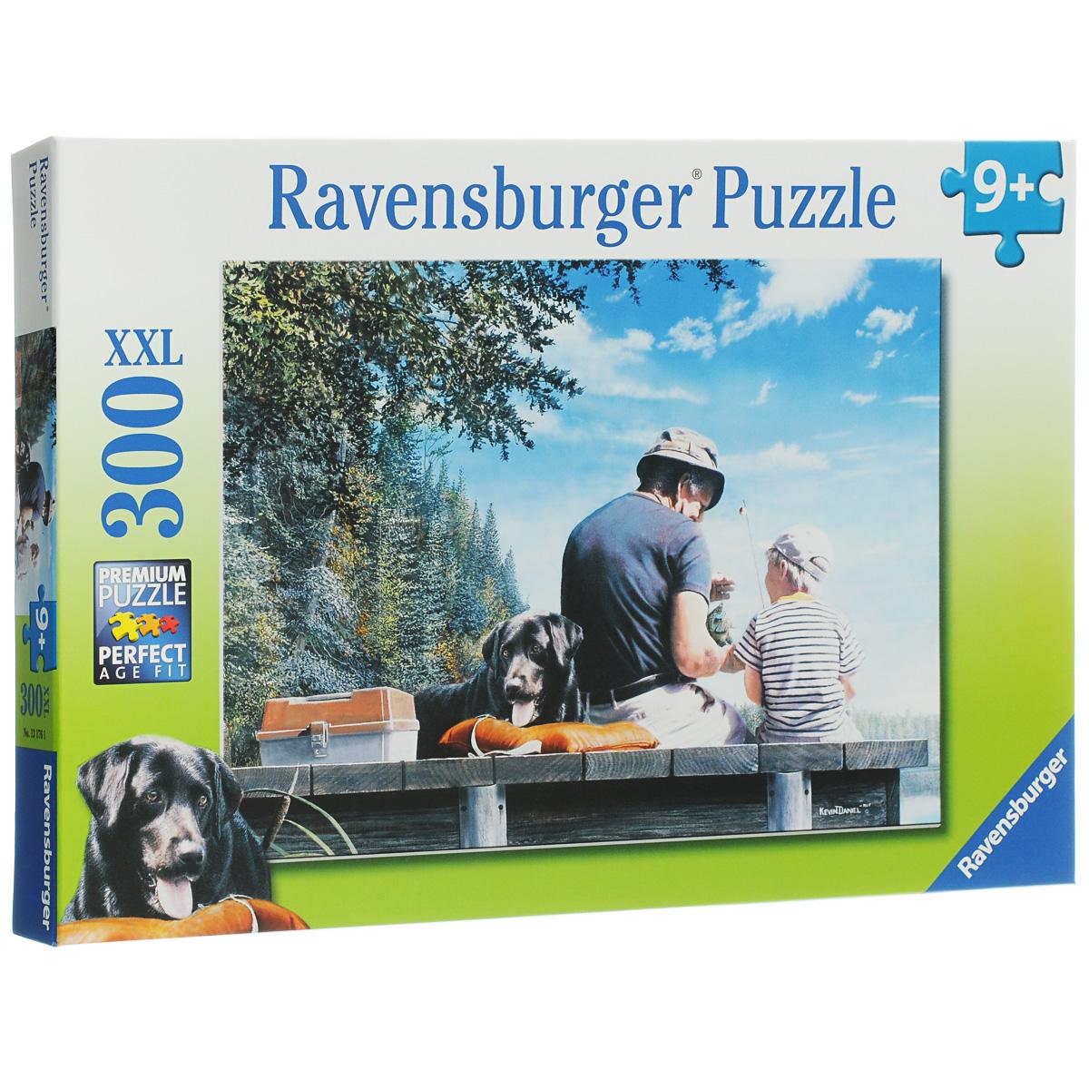 Ravensburger На рыбалке. Пазл XXL, 300 элементов13176Пазл Ravensburger На рыбалке понравится и вам, и вашему ребенку. Собрав этот пазл, включающий в себя 300 крупных элементов, вы получите замечательный постер с изображением рыбаков. Пазл - великолепная игра для семейного досуга. Сегодня собирание пазлов стало особенно популярным, главным образом, благодаря своей многообразной тематике, способной удовлетворить самый взыскательный вкус. А для детей это не только интересно, но и полезно. Собирание пазла развивает мелкую моторику у ребенка, тренирует наблюдательность, логическое мышление, знакомит с окружающим миром, с цветом и разнообразными формами.