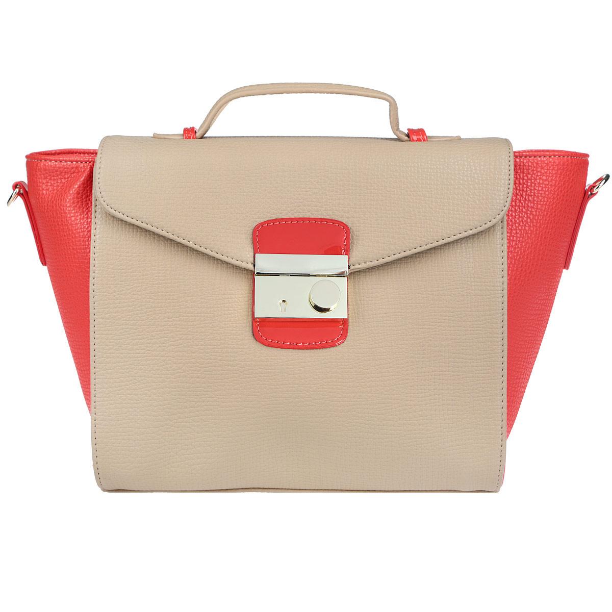 Сумка женская Vitacci, цвет: красный, бежевый. V0780V0780Изысканная женская сумка Vitacci изготовлена из эко кожи. Изделие закрывается на удобную застежку-молнию и дополнительно клапаном на застежку. Внутри - одно вместительное отделение, несколько накладных карманчиков для мелочей, телефона, накладной карманчик на застежке-молнии и врезной карманчик на застежке-молнии. Задняя сторона сумки дополнена плоским карманом, закрывающимся сверху небольшим хлястиком на магнитную кнопку. Дно дополнено металлическими ножками, защищающими изделие от повреждений. На клапане - небольшая ручка для удобного ношения сумки в руках. Также модель дополнена съемным плечевым ремнем, регулирующимся по длине. Изделие упаковано в фирменный чехол. Роскошная сумка внесет элегантные нотки в ваш образ и подчеркнет ваше отменное чувство стиля.