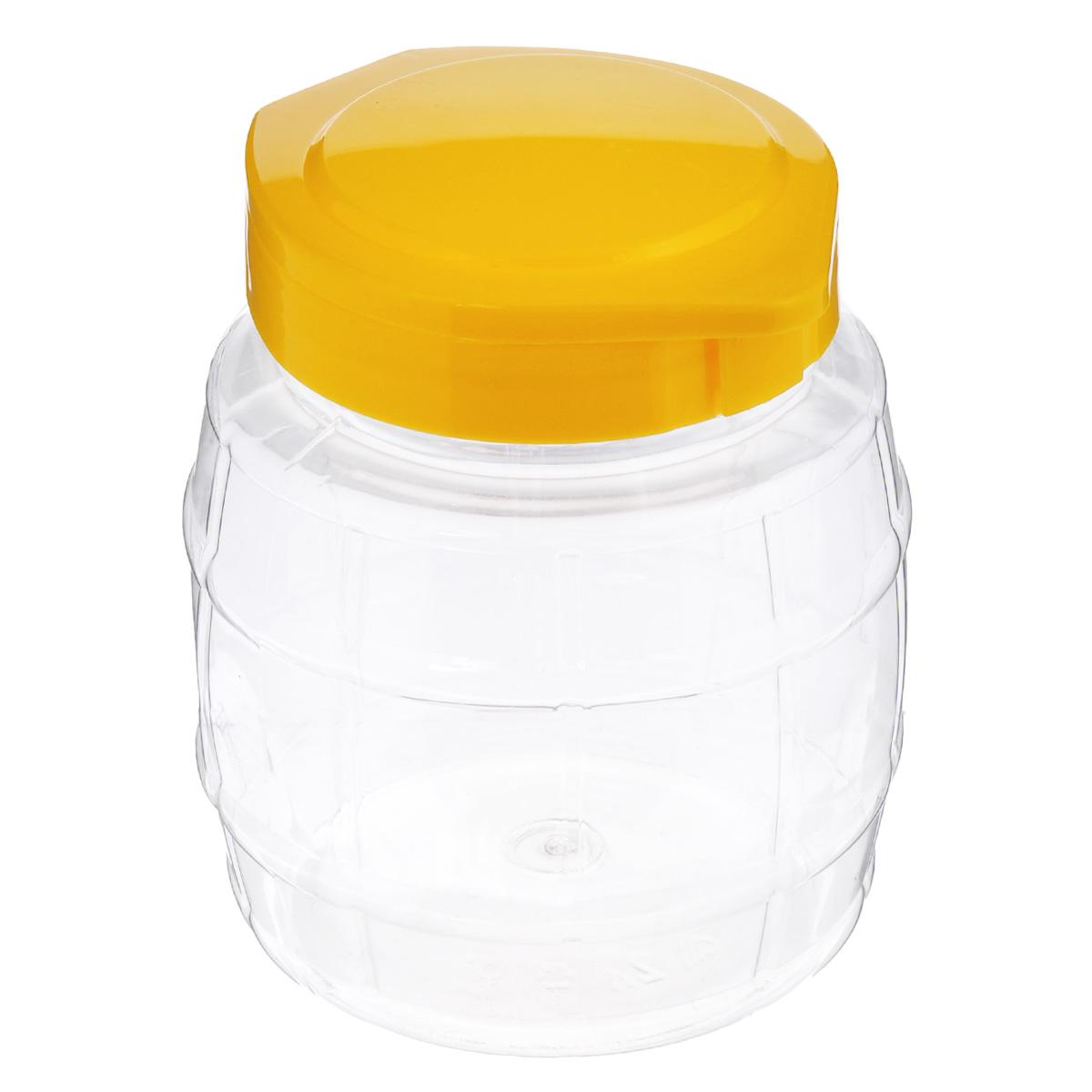 Емкость Альтернатива Бочонок, с крышкой на защелке, цвет: желтый, 2 лМ2021Емкость Альтернатива Бочонок выполнена из высококачественного пластика и предназначена для хранения сыпучих продуктов или жидкостей. Изделие оснащено удобной крышкой на защелке. Диаметр основания: 13,5 см. Высота (без учета крышки): 16 см.