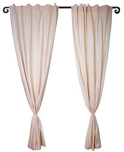 Штора Arloni Прованс, на петлях, цвет: слоновая кость, высота 260 см7004Штора Arloni - прекрасное решение для интерьера спальни или гостиной. Штора выполнена из натурального хлопка, оформлена вышивкой и изысканными мережками. Штора плотная и светонепроницаемая, прекрасно затемняет помещение в любое время суток. Изделие выполнено из экологически чистого материала, отличается качеством пошива, легко стирается и сохраняет замечательный внешний вид долгое время. При стирке специально обработанная ткань не красится, а максимальная усадка не превышает 1%. Края шторы подшиты. Штора оснащена петлями для крепления на карниз. Шторы - это важный предмет интерьера, они создают уютную атмосферу и добавляют в интерьер изысканности и стиля!