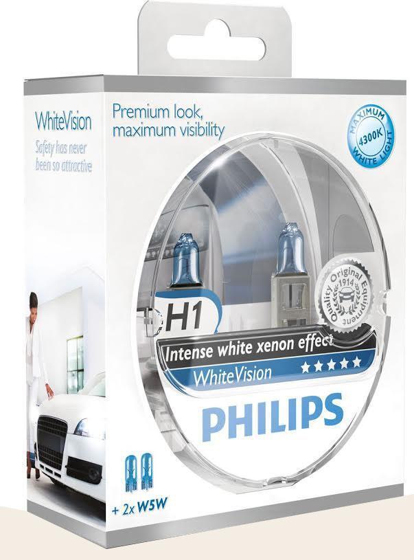 Лампа автомобильная галогенная Philips WhiteVision, для фар, цоколь H1 (P14.5s), 12V, 55W, 2 шт + цоколь W5W, 12V, 5W, 2 шт12258WHVSMГалогенная лампа для автомобильных фар Philips WhiteVision произведена из запатентованного кварцевого стекла с УФ фильтром Philips Quartz Glass. Кварцевое стекло Philips в отличие от обычного твердого стекла выдерживает гораздо большее давление смеси газов внутри колбы, что препятствует быстрому испарению вольфрама с нити накаливания. Кварцевое стекло выдерживает большой перепад температур, при попадании влаги на работающую лампу изделие не взрывается и продолжает работать. Лампы Philips WhiteVision излучают интенсивный белый свет с ксеноновым эффектом, что создает идеальные условия для вождения в ночное время. Благодаря повышенной яркости и цветовой температуре до 4300К лампы мгновенно рассеивают темноту: яркость чистого белого света увеличена на 40%. Повышенный уровень безопасности: более длинный световой пучок и на 60% больше света. Это обеспечивает лучшую видимость на дороге и позволяет предотвращать потенциально аварийные ситуации. Обладая цветовой температурой...