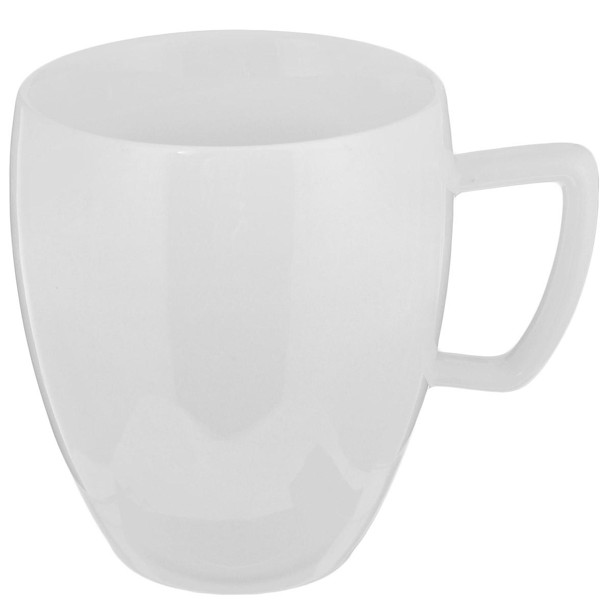 Кружка Tescoma Crema, 300 мл387132Чашка Tescoma Crema выполнена из высококачественного фарфора однотонного цвета и прекрасно подойдет для вашей кухни. Чашка изысканно украсит сервировку как обеденного, так и праздничного стола. Предназначена подачи кофе и чая. Пригодна для использования в микроволновой печи. Можно мыть в посудомоечной машине. Диаметр по верхнему краю: 8 см. Высота: 9 см. Объем: 300 мл.