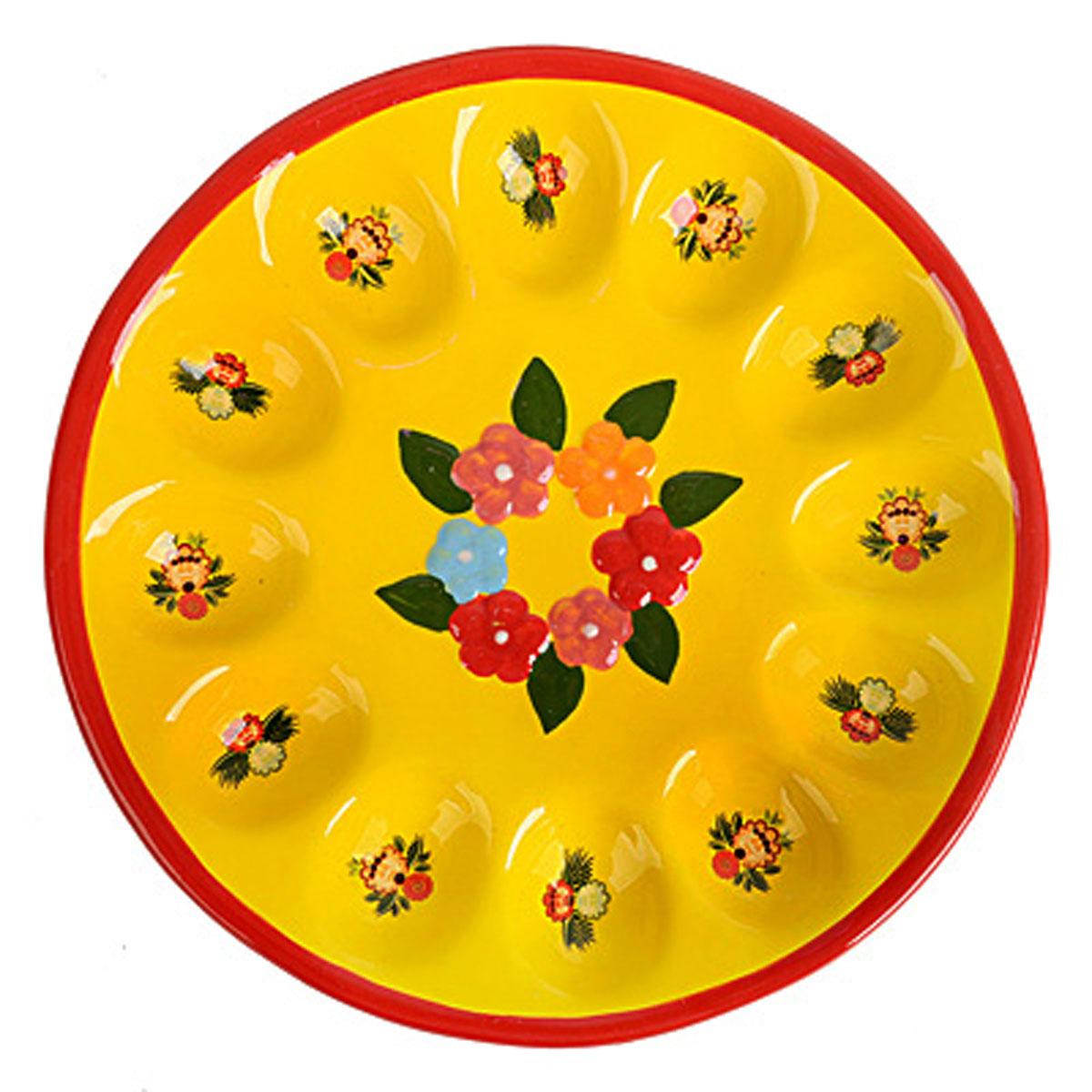 Подставка под яйца Home Queen Цветочные узоры, цвет: желтый, красный, 12 ячеек66723Подставка Home Queen Цветочные узоры станет оригинальным украшением праздничного стола на Пасху. Изделие изготовлено из керамики и служит держателем для яиц. Подставка выполнена в виде круглой тарелки с 12 ячейками для яиц и декорирована красивым цветочным изображением и рельефным рисунком. Подставка Home Queen Цветочные узоры может стать красивым пасхальным подарком для друзей или близких. Размер подставки: 22,5 см х 22,5 см х 3 см. Размер ячейки: 5 см х 3,5 см.
