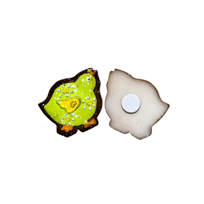 Набор декоративных украшений для яиц Home Queen Цыпленок, на клейкой основе, цвет: зеленый, 6 шт64518Набор Home Queen Цыпленок состоит из шести декоративных элементов и предназначен для украшения яиц, посуды, стекла, керамики, металла, цветочных горшков, ваз и других предметов интерьера. Украшения изготовлены из высококачественной полирезины в виде цыплят и фиксируются при помощи специальной клейкой основы. Такой набор украшений создаст атмосферу праздника в вашем доме. Размер фигурки: 2,8 см х 0,5 см х 2,5 см.