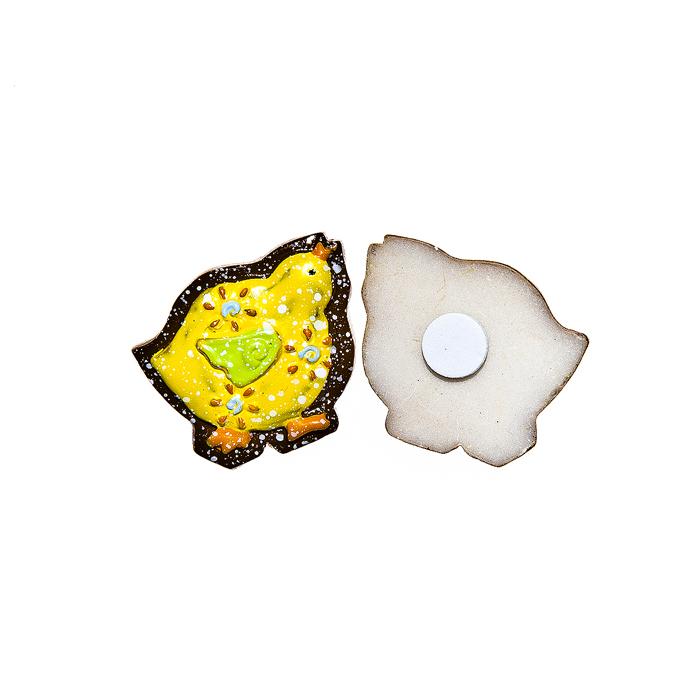 Набор декоративных украшений для яиц Home Queen Цыпленок, на клейкой основе, цвет: желтый, 6 шт64519Набор Home Queen Цыпленок состоит из шести декоративных элементов и предназначен для украшения яиц, посуды, стекла, керамики, металла, цветочных горшков, ваз и других предметов интерьера. Украшения изготовлены из высококачественной полирезины в виде цыплят и фиксируются при помощи специальной клейкой основы. Такой набор украшений создаст атмосферу праздника в вашем доме. Размер фигурки: 2,8 см х 0,5 см х 2,5 см.