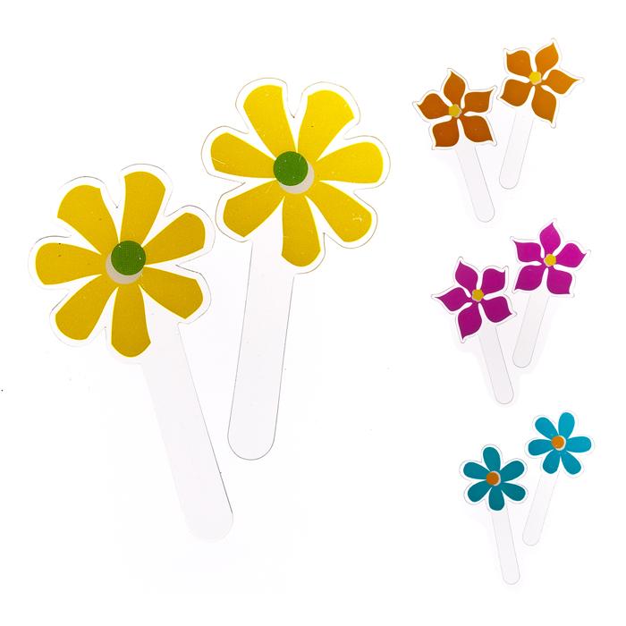Набор топперов Home Queen Весенние цветы, 12 шт68227Набор Home Queen Весенние цветы состоит из 12 топперов 4-х видов. Топперы выполнены из высококачественного ПВХ в виде цветов и предназначены для украшения куличей, кексов или любой другой выпечки. Такой набор украшений для выпечки создаст атмосферу праздника в вашем доме. Нельзя использовать в микроволновой печи и духовом шкафу.