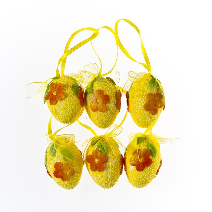 Набор декоративных подвесных украшений Home Queen Весна, цвет: желтый, 6 шт60764Набор Home Queen Весна состоит из шести декоративных украшений. Украшение изготовлено из пенопласта в виде яиц и декорировано цветами. С помощью текстильной петельки изделия можно повесить в любом удобном для вас месте. Такой набор украшений прекрасно оформит интерьер дома или станет замечательным подарком для друзей и близких на Пасху. Размер украшений: 3,5 см х 3,5 см х 5 см.