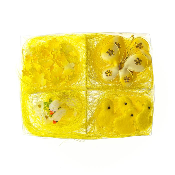 Набор декоративных украшений Home Queen Пасха, цвет: желтый, 9 предметов64485_1Набор Home Queen Пасха состоит из четырех цыплят, трех бабочек на прищепках, пары гусей в гнезде и одной гирлянды из бабочек и цветочков. Украшения изготовлены из полиэстера и пластика, упакованы в пластиковую коробку, украшенную сизалем. Такой набор украшений прекрасно оформит интерьер дома или станет замечательным подарком для друзей и близких на Пасху. Длина гирлянды: 100 см. Размер бабочки: 7 см х 1 см х 6 см. Размер цыпленка: 4 см х 0,5 см х 4,5 см. Размер гнезда с утками: 7,5 см х 6 см х 5,5 см.