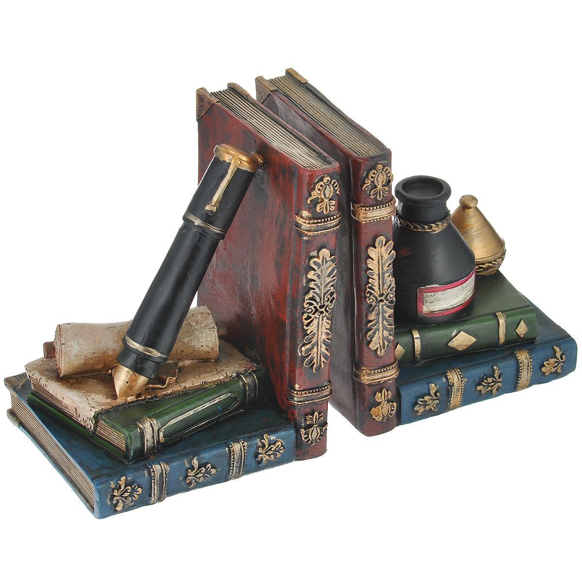 Декоративная подставка-ограничитель для книг Феникс-презент Алхимия, 2 шт36127Подставка-ограничитель для книг Алхимия, изготовленная из полирезины, состоит из двух частей, с помощью которых можно подпирать книги с двух сторон. Изделия выполнены в виде книг, пера и чернил. Между ограничителями можно поместить неограниченное количество книг. Подставка-ограничитель для книг Алхимия - это не только подставка для книг, но и интересный элемент декора, который ярко дополнит интерьер помещения. Размер одной части подставки-ограничителя: 13 см х 11 см х 15,5 см. Комплектация: 2 шт.