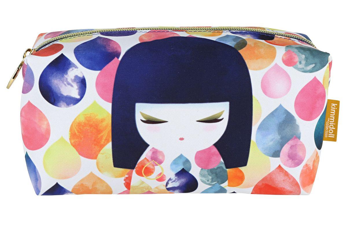 Косметичка Kimmidoll Михоко (Творчество)KF0991Косметичка Kimmidoll Михоко (Творчество), выполненная из текстиля в традиционном японском стиле, придется по душе всем ценителям стильных вещиц. Изделие оформлено изображением Михоко и разноцветных капель и содержит одно отделение, закрывающееся на застежку-молнию. Косметичка отлично подойдет для хранения косметики и всех необходимых вещей. Бегунок оформлен металлической пластиной с гравировкой Kimmidoll Collection. Косметичка отлично подойдет для хранения косметики и всех необходимых вещей. Ее можно использовать как пенал или дорожную аптечку Привет, меня зовут Михоко!Я талисман творчества. Мой дух вдохновляет и указывает путь. Давая разуму безграничную свободу исследовать и познавать, вы раскрываете бесконечную силу моего духа. Пусть ваша фантазия всегда вдохновляет вас на новые взгляды, новые поступки и отношение к жизни.