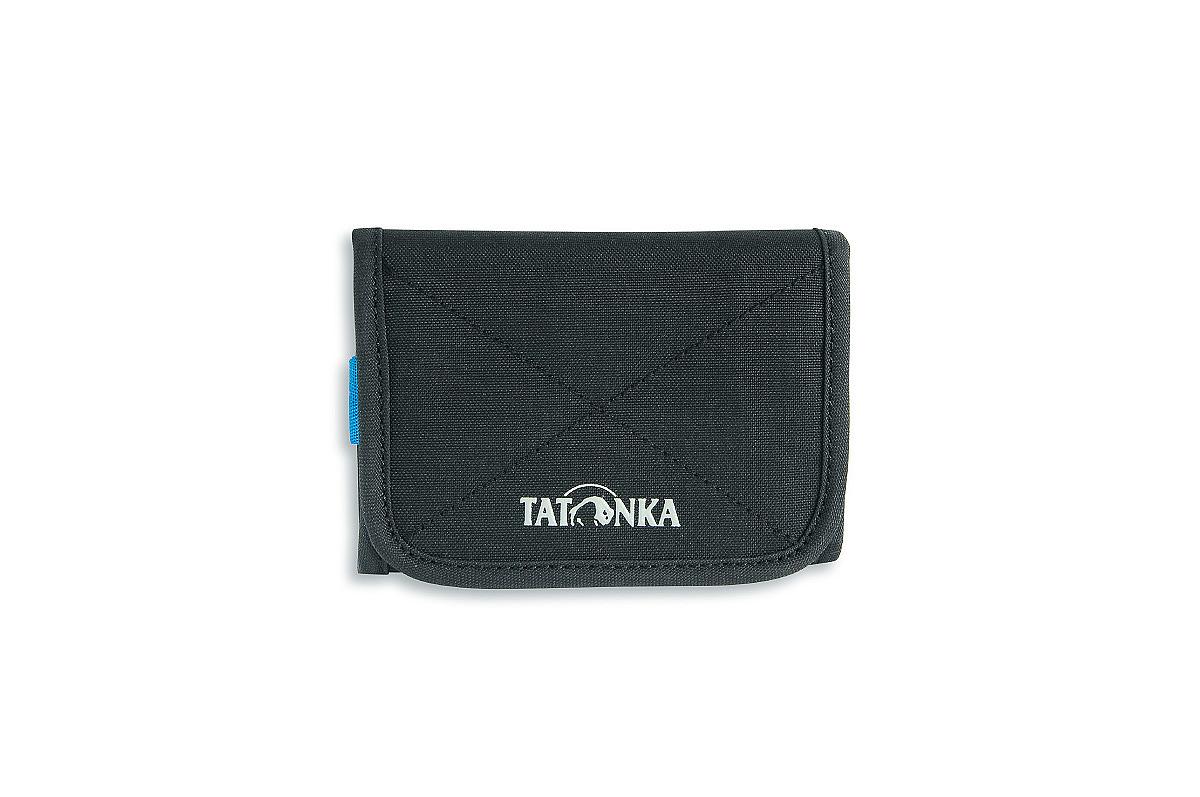 Кошелек Tatonka Folder, цвет: черный. 2980.0402980.040Компактный кошелек Tatonka Folder выполнен из плотного полиэстера и оформлен декоративной прострочкой и названием бренда на лицевой стороне. Кошелек закрывается клапаном на застежку-липучку. Внутри - два отделения для купюр (одно из которых на застежке-молнии), отсек для мелочи на застежке-молнии, два открытых боковых кармана, три кармашка для кредитных карт, прозрачное пластиковое окошко, съемный пластиковый блок из 6 файлов, кольцо для крепления ключей или брелока. Многофункциональный кошелек займет достойное место среди ваших аксессуаров.