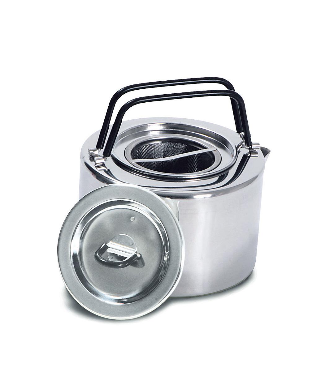 Чайник походный Tatonka Teapot, 1,5 л4016.000Чайник Tatonka Teapot из нержавеющей стали с термоизолированными ручками и компактным дизайном. Замечательно подходит для использования дома и на выезде. В комплекте ситечко из нержавеющей стали. Преимущества и особенности: Высококачественная нержавеющая сталь. Складные термоизолированные ручки. Крышка со складной термоизолированной ручкой. Компактный дизайн. Ситечко из нержавеющей стали. Диаметр чайника: 14,5 см. Высота чайника: 9 см.