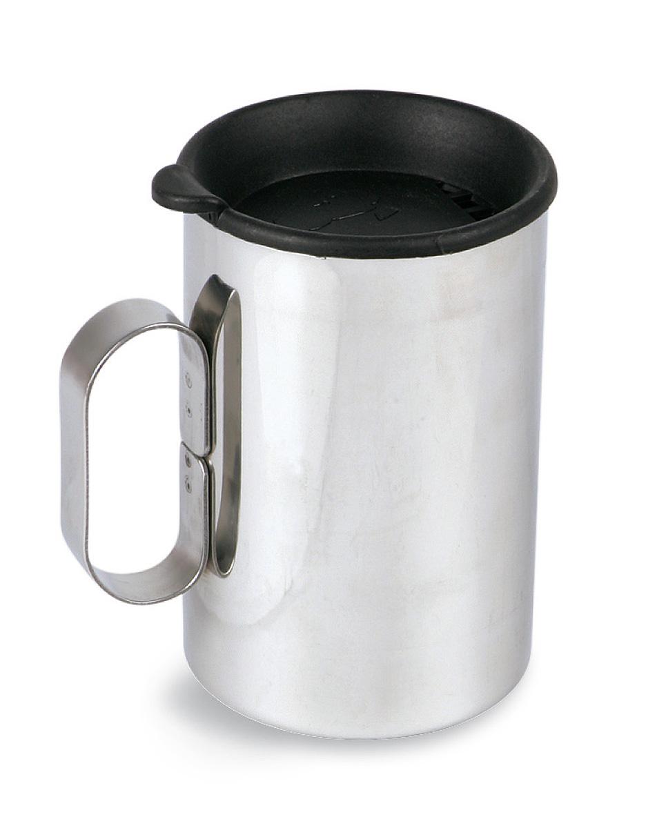 Термокружка с крышкой Tatonka Thermo Delux, 0,4 л4101.000Термокружка Tatonka Thermo Delux выполнена из нержавеющей стали, снабжена одинарной ручкой и крышкой. Удобна в транспортировке. Остается комфортной и прохладной снаружи, даже когда внутри кипяток. Крышка имеет специальные отверстия для питья. Это позволяет пить любимые напитки, не вынимая крышку, и напиток дольше не остывает. Внутри расположена мерная шкала. Высота кружки: 11,5 см. Диаметр кружки без учета ручки: 8 см.