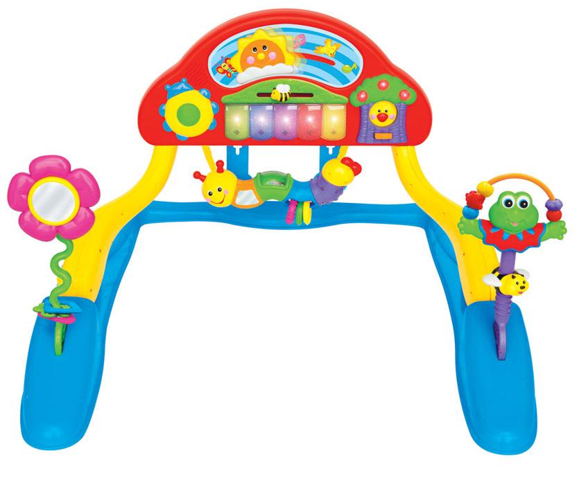 Развивающий музыкальный центр для малыша KiddielandKID 037960Развивающий центр Kiddieland точно не даст заскучать вашему малышу и увлечет его на долгое время. Игрушка выполнена из высококачественных материалов и отвечает всем требованиям безопасности. Устанавливается в двух положениях: когда ребенок играет лежа (для совсем маленьких) и когда играет сидя (для малышей постарше). Игрушка представляет собой игровую площадку на подставке. Игрушки, музыкальные клавиши, подвески, зеркальце, прорезыватели, множество кнопочек и звуков заинтересуют любого ребенка. Нажмите на светящиеся музыкальные клавиши, чтобы услышать приятные мелодии. Понаблюдайте за чирикающей птичкой и светящимися фруктами, в то время как солнышко будет двигаться по небу под музыку! Висящая гусеница-погремушка для визуального и тактильного развития маленьких ручек. Игры с таким центром будут способствовать развитию глазомера, координации движений, восприятия цвета, звука и материалов и многому другому. Рекомендуется докупить 3 батарейки напряжением 1,5 V...