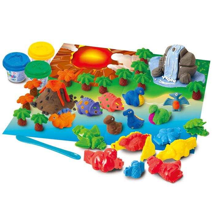 Playgo Набор для лепки Dino VolcanoPlay 8666Набор для лепки Playgo Dino Volcano представляет собой сочетание моделирования и игры. Набор включает в себя: 3 баночки массы для лепки по 56 г (синий, зеленый, желтый), стек для моделирования, 5 формочек для создания динозавров, 3 формочки для создания деревьев, игровая фоновая сцена. Входящая в набор пластилиновая масса разработана специально для детей, очень мягкая, приятно пахнет, ее не надо разминать перед лепкой. Пластилин быстро высыхает, не имеет запаха, не липнет к рукам и одежде, легко смывается, а так же легко смешивается, что позволяет получать новые цвета. На крышечках баночек имеются трафареты с помощью которых ваш ребенок сможет легко самостоятельно сделать фигурку. Оба стека выполнены из пластика и не имеют острых концов, что безопасно для вашего малыша. С их помощью он сможет легко и быстро разрезать массу. Формочки и игровая фоновая сцена помогут вашему малышу создать целый мир динозавров. При помощи этого набора ваш ребенок сможет своими руками...