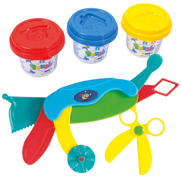 Playgo Набор для лепки Dough Multi ToolPlay 8636Набор для лепки Playgo Dough Multi Tool представляет собой сочетание моделирования и игры. Набор включает в себя: 3 баночки массы для лепки по 56 г (синий, красный, желтый), многофункциональный нож. Входящая в набор пластилиновая масса разработана специально для детей, очень мягкая, приятно пахнет, ее не надо разминать перед лепкой. Пластилин быстро высыхает, не имеет запаха, не липнет к рукам и одежде, легко смывается, а так же легко смешивается, что позволяет получать новые цвета. На крышечках баночек имеются трафареты с помощью которых ваш ребенок сможет легко самостоятельно сделать фигурку. Все инструменты ножа выполнены из пластика и не имеют острых концов, что безопасно для вашего малыша. С их помощью он сможет легко и быстро разрезать массу и создать детали различной формы. При помощи этого набора ваш ребенок сможет своими руками изготовить красивые фигурки. Работа с пластилином развивает мелкую моторику пальцев малыша, пространственное воображение,...