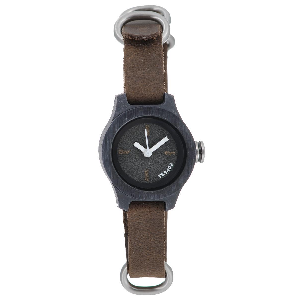 Часы наручные женские Tacs Nature S: Gray/Brown/White. TS1402ATS1402AОригинальные кварцевые наручные часы Tacs созданы для людей, ценящих качество, практичность и индивидуальность в каждой детали. Строгая цветовая гамма и минималистический дизайн позволяет сочетать часы с любыми предметами гардероба. Часы оснащены японским кварцевым механизмом Miyota 2036. Корпус выполнен из дерева. Цифры на циферблате отсутствуют. Циферблат защищен прочным минеральным стеклом, устойчивым к царапинам и повреждениям. Браслет часов, выполненный из натуральной кожи коричневого цвета, долговечен и очень практичен в использовании. Застегивается на классическую застежку-пряжку. Оригинальные яркие часы Tacs покорят вас неординарным дизайном, а высокое качество и практичность позволят использовать их долгие годы. Благодаря необычному дизайну часы выделят вас из толпы и подчеркнут вашу индивидуальность. Часы Tacs - это высококачественная продукция, соответствующая образу жизни героя современного мегаполиса. В дизайн каждой модели часов...