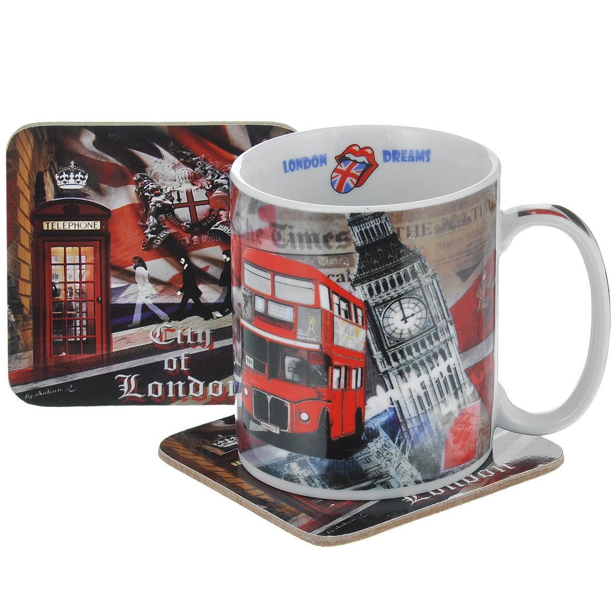 Набор чайный GiftLand Лондонские фантазии, 3 предметаRB-07066 LonЧайный набор GiftLand Лондонские фантазии состоит из фарфоровой кружки и двух подставок под кружку, изготовленных из пробки. Предметы набора декорированы изображением Лондона. Яркий и стильный чайный набор прекрасно впишется в интерьер вашей кухни и создаст хорошее настроение во время чаепития. Набор упакован в подарочную коробку в виде лондонской телефонной будки. Кружку можно мыть в посудомоечной машине и использовать в микроволновой печи. Объем кружки: 300 мл. Диаметр кружки: 8,5 см. Высота кружки: 9,5 см. Размер подставки: 9 см х 9 см.