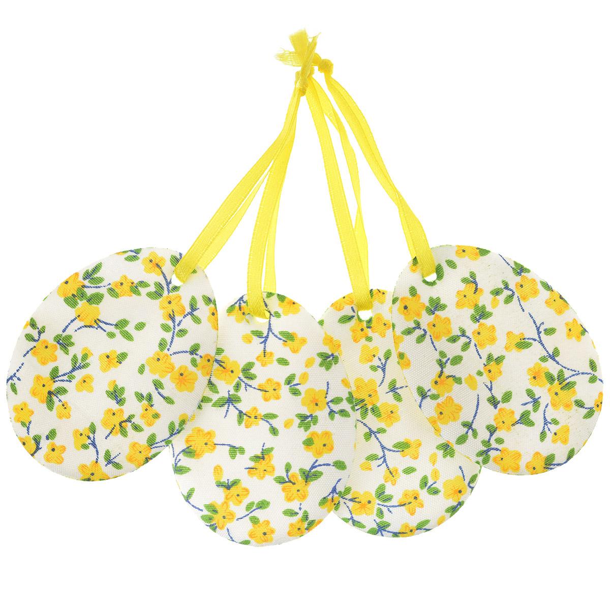 Набор пасхальных подвесных украшений Home Queen Яркий день, цвет: желтый, 4 шт60797_4Набор Home Queen Яркий день, изготовленный из полиэстера, состоит из четырех пасхальных подвесных украшений. Изделия выполнены в виде пасхальных яиц с мягким наполнителем, декорированы цветочным принтом и оснащены текстильными петельками для подвешивания. Такой набор прекрасно дополнит оформление вашего дома на Пасху. Размер украшения: 6,5 см х 5 см х 0,3 см.
