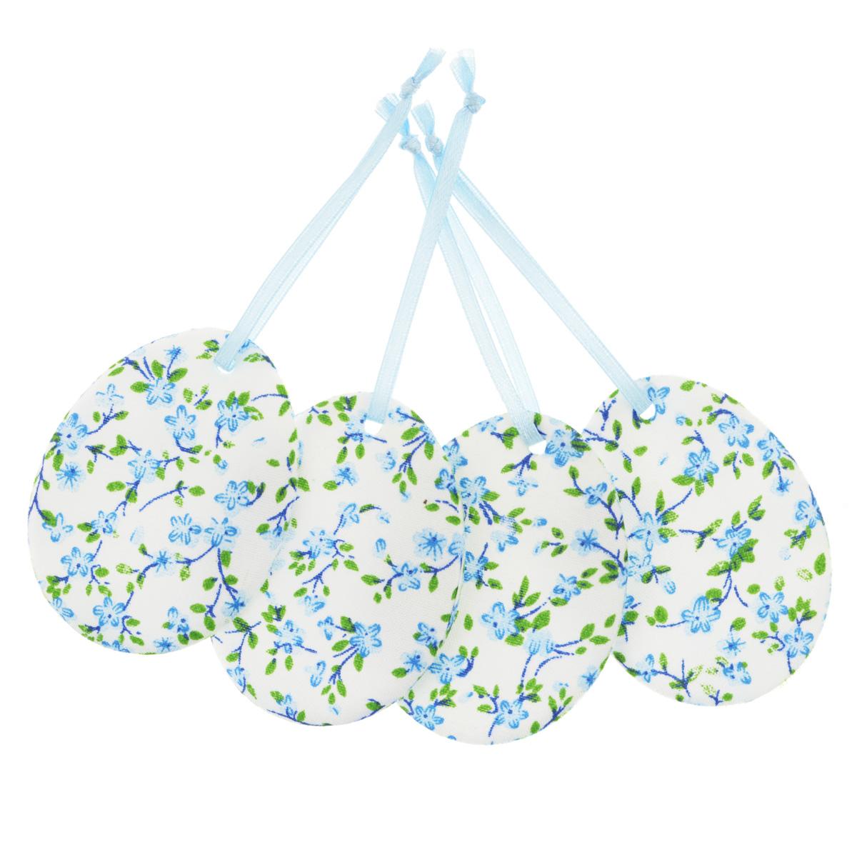 Набор пасхальных подвесных украшений Home Queen Яркий день, цвет: голубой, 4 шт60797_5Набор Home Queen Яркий день, изготовленный из полиэстера, состоит из четырех пасхальных подвесных украшений. Изделия выполнены в виде пасхальных яиц с мягким наполнителем, декорированы цветочным принтом и оснащены текстильными петельками для подвешивания. Такой набор прекрасно дополнит оформление вашего дома на Пасху. Размер украшения: 6,5 см х 5 см х 0,3 см.
