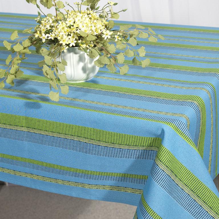 Скатерть Schaefer, прямоугольная, цвет: синий, зеленый, 130 x 160 см. 06650-42706650-427Скатерть Schaefer выполнена из 100% хлопка и оформлена принтом в полоску. Скатерть Schaefer не останется без внимания ваших гостей, а вас будет ежедневно радовать оригинальным дизайном и несравненным качеством. Немецкая компания Schaefer создана в 1921 году. На протяжении всего времени существования она создает уникальные коллекции домашнего текстиля для гостиных, спален, кухонь и ванных комнат. Дизайнерские идеи немецких художников компании Schaefer воплощаются в текстильных изделиях, которые сделают ваш дом красивее и уютнее и не останутся незамеченными вашими гостями. Дарите себе и близким красоту каждый день! Изысканный текстиль от немецкой компании Schaefer - это красота, стиль и уют в вашем доме.