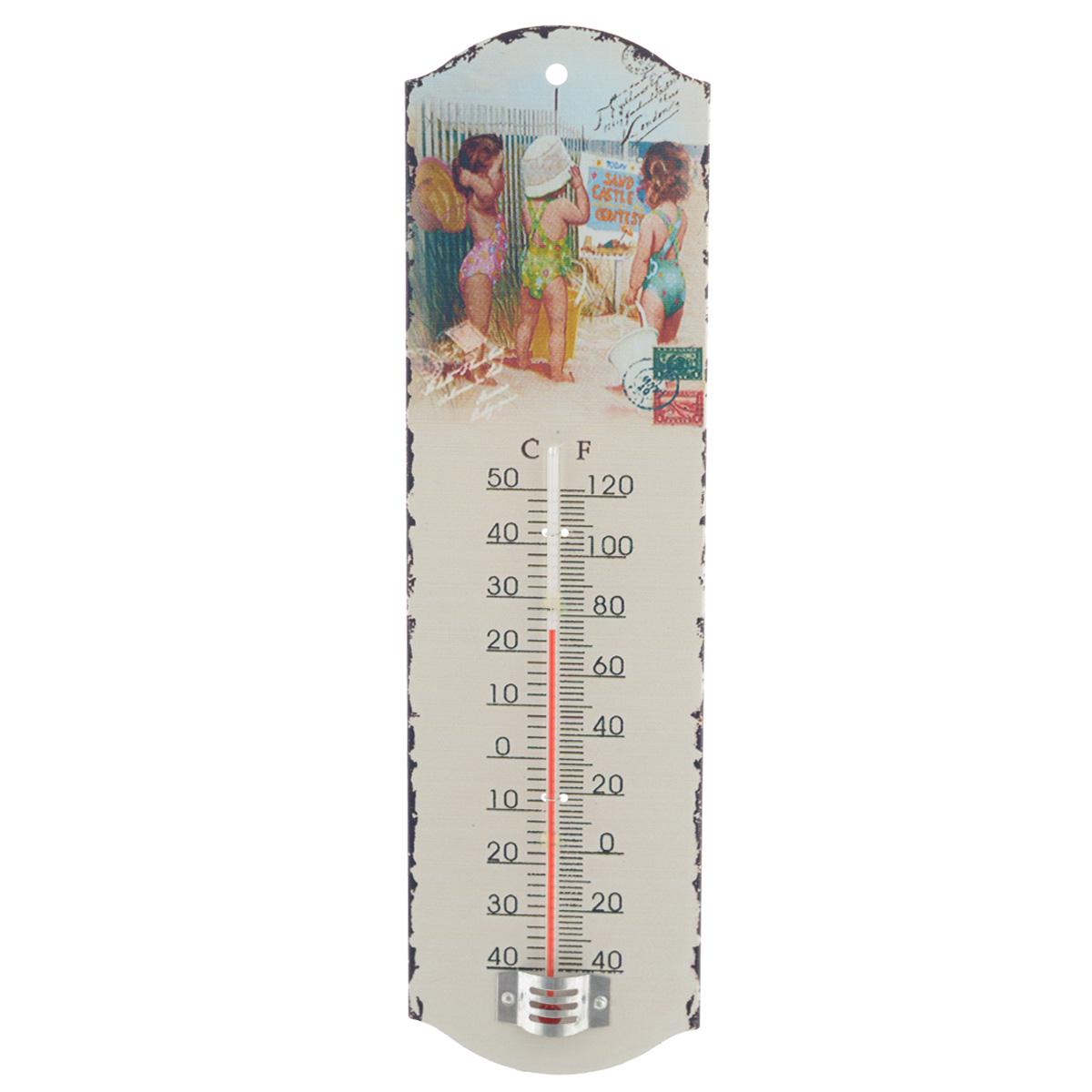 Термометр декоративный Феникс-презент, комнатный. 3374733747Комнатный термометр Феникс-презент, изготовленный из металла и стекла, декорирован изображением детей на пляже. Термометр имеет шкалу измерения температуры по Цельсию (-40°С - +50°С) и по Фаренгейту (-40°F - +120°F). Благодаря такому термометру вы всегда будете точно знать, насколько тепло в помещении. Изделие оснащено специальным отверстием для подвешивания. Оригинальный дизайн не оставит равнодушным никого. Термометр удачно впишется в обстановку жилого помещения, гаража или беседки. Кроме того, это актуальный подарок для человека с хорошим вкусом. Высота градусника: 14,5 см.