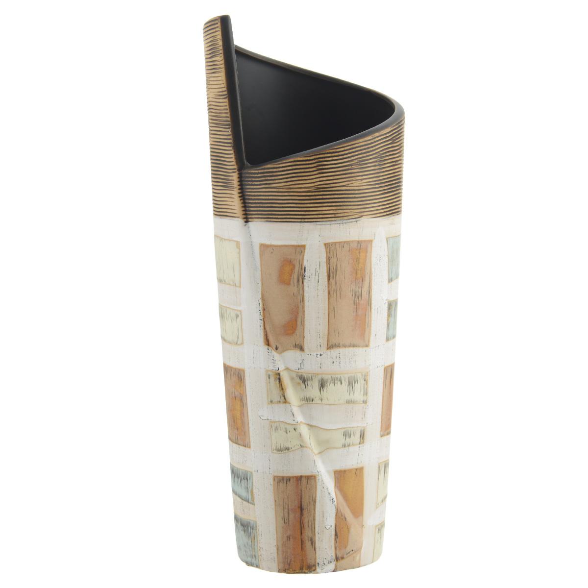 Ваза декоративная Геометрия M, высота 30,5 см37409Элегантная ваза Геометрия M выполнена из высококачественного глазурованного фаянса и украшена и украшена оригинальным рисунком. Изделие имеет прорезиненные ножки, предотвращающие скольжение ее по поверхности. Оригинальная ваза Геометрия M придется по вкусу и ценителям классики, и тем, кто предпочитает утонченность и изящность. Вы можете поставить вазу в любом месте, где она будет удачно смотреться и радовать глаз. Такая ваза подойдет и для цветов, и для декора интерьера. Кроме того - это отличный вариант подарка для ваших близких и друзей. Диаметр вазы (по верхнему краю): 10 см. Высота вазы: 30,5 см.