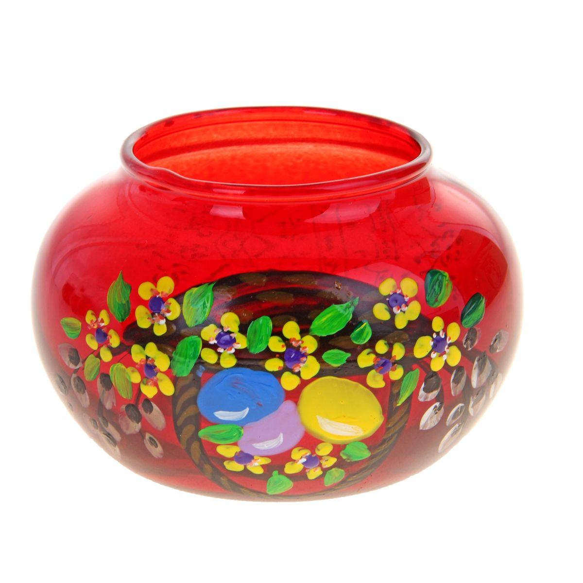 Подсвечник Sima-land Пасха-2, цвет: красный196294Подсвечник Sima-land Пасха-2 идеально подойдет для праздничного оформления дома. Подсвечник выполнен из стекла красного цвета и украшен пасхальным рисунком. В центр изделия помещается свеча-таблетка (не входит в комплект). Зажгите свечку, поставьте ее в подсвечник и наслаждайтесь теплом, которое наполнит ваше сердце. Пасхальный декоративный подсвечник украсит интерьер вашего дома. Оригинальный дизайн и красочное исполнение создадут праздничное настроение. Кроме того, это отличный вариант подарка для ваших близких и друзей. Высота подсвечника: 6 см. Диаметр отверстия для свечи: 5,5 см.