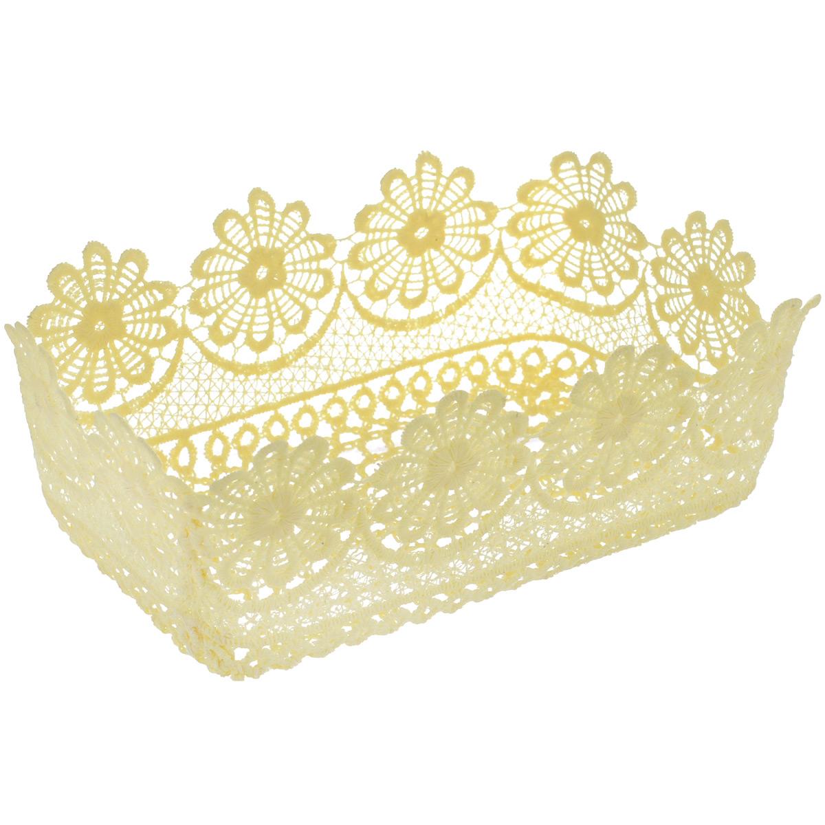 Корзина декоративная Home Queen Прямоугольная. Ромашки, цвет: кремовый, 21 х 13 х 8 см64339_1Декоративная корзина Home Queen Прямоугольная. Ромашки, выполненная из полиэстера, предназначена для хранения различных мелочей и аксессуаров. Изделие имеет красивую перфорацию по всей поверхности и ажурные края. Такая корзина станет оригинальным и необычным подарком или украшением интерьера. Размер корзины: 21 х 13 х 8 см. Размер дна: 18 х 10,5 см.