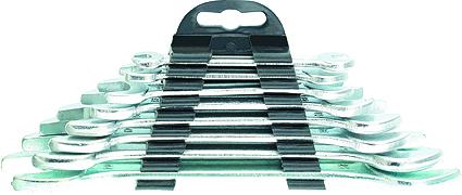 Набор рожковых ключей Sparta, 8 шт152755Набор рожковых ключей Sparta станет отличным помощником монтажнику или владельцу авто. Этот набор обеспечит надежную фиксацию на гранях крепежа. Ключи изготовлены из углеродистой стали. Твердость материала рабочей части 42 HRc (требования ГОСТ - 41-46 HRc). Имеют надежное защитное покрытие из хрома. В набор входят ключи на 6 мм, 8 мм, 10 мм, 13 мм, 15 мм, 16 мм, 19 мм, 20 мм.