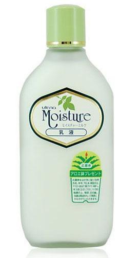 Utena Увлажняющее молочко Moisture для лица с экстрактом алоэ 155мл210622Увлажняющее натуральное молочко серии «MOISTURE» подходит для ухода за сухой кожей. -Молочко увлажняет кожу, препятствует появлению сухости, обеспечивая ощущение комфорта и сохранение эластичности. -Активные компоненты - экстракт алоэ, оливковое масло и сквалан - интенсивно увлажняют, глубоко питают и смягчают кожу, помогая ей удерживать влагу. -Молочко используется как для утреннего, так и для вечернего ухода, а также в качестве косметической основы. -Обладает нежным легким ароматом.