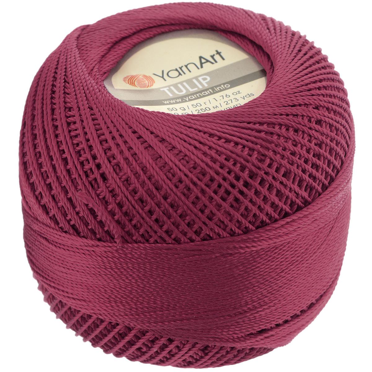 Пряжа для вязания YarnArt Tulip, цвет: бордо (422), 250 м, 50 г, 6 шт372017_422Пряжа для вязания YarnArt Tulip (Ирис) изготовлена из 100% микрофибры. Пряжа приятная на ощупь, легкая, тонкая и упругая. Хорошо смотрится практически в любых узорах, не косит, послушно ложится в узоры и спицами, и крючком. Ниточка блестящая и такими же блестящими получаются изделия из нее. Нить удобна и практична тем, что хорошо смотрится как в объемных рельефных узорах, так и в самой простой чулочной вязке. Пряжа Tulip - классический вариант демисезонной пряжи, идеальна для создания летней одежды, купальников, аксессуаров, бижутерии, салфеток, ирландского кружева, жгутов и т.д. Нежная текстура ниток подходит для создания одежды детям. Изделия получаются легкими, не деформируются и не вытягиваются ни при вязании, ни при последующей носке. Микрофибра гипоаллергенна, поэтому вязаные вещи подходят даже для чувствительной кожи. Богатая цветовая гамма однотонных и меланжевых расцветок порадует рукодельниц и удовлетворит даже самых взыскательных модниц. Нить очень...