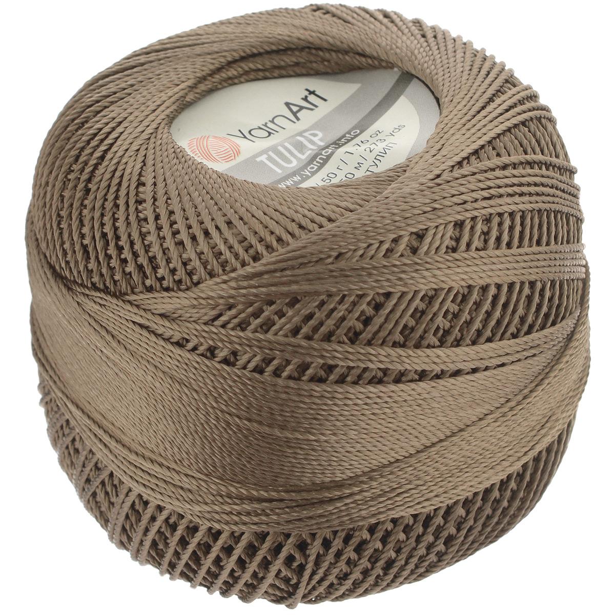 Пряжа для вязания YarnArt Tulip, цвет: коричневый (403), 250 м, 50 г, 6 шт372017_403Пряжа для вязания YarnArt Tulip (Ирис) изготовлена из 100% микрофибры. Пряжа приятная на ощупь, легкая, тонкая и упругая. Хорошо смотрится практически в любых узорах, не косит, послушно ложится в узоры и спицами, и крючком. Ниточка блестящая и такими же блестящими получаются изделия из нее. Нить удобна и практична тем, что хорошо смотрится как в объемных рельефных узорах, так и в самой простой чулочной вязке. Пряжа Tulip - классический вариант демисезонной пряжи, идеальна для создания летней одежды, купальников, аксессуаров, бижутерии, салфеток, ирландского кружева, жгутов и т.д. Нежная текстура ниток подходит для создания одежды детям. Изделия получаются легкими, не деформируются и не вытягиваются ни при вязании, ни при последующей носке. Микрофибра гипоаллергенна, поэтому вязаные вещи подходят даже для чувствительной кожи. Богатая цветовая гамма однотонных и меланжевых расцветок порадует рукодельниц и удовлетворит даже самых взыскательных модниц. Нить очень...