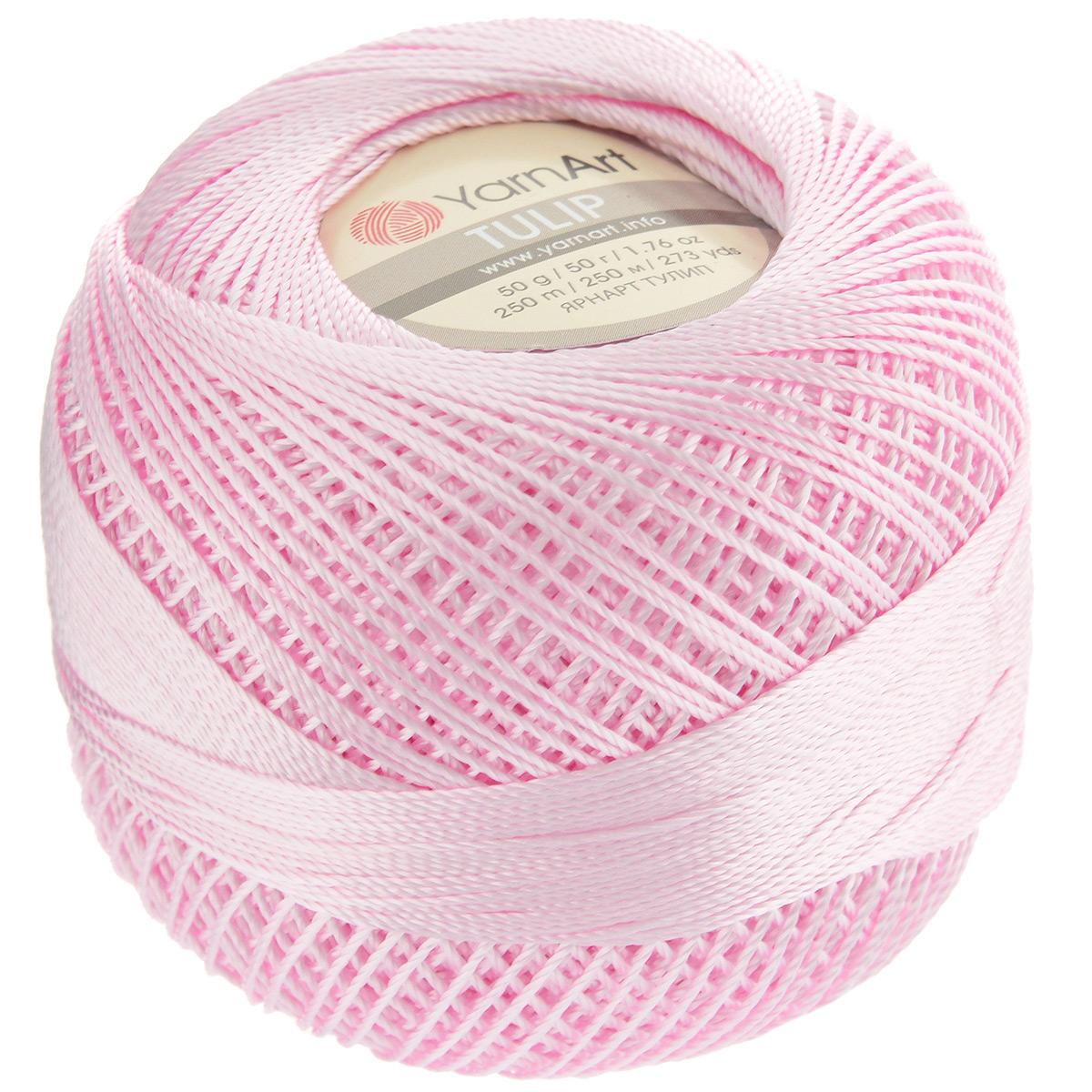 Пряжа для вязания YarnArt Tulip, цвет: бледно-розовый (415), 250 м, 50 г, 6 шт372017_415Пряжа для вязания YarnArt Tulip (Ирис) изготовлена из 100% микрофибры. Пряжа приятная на ощупь, легкая, тонкая и упругая. Хорошо смотрится практически в любых узорах, не косит, послушно ложится в узоры и спицами, и крючком. Ниточка блестящая и такими же блестящими получаются изделия из нее. Нить удобна и практична тем, что хорошо смотрится как в объемных рельефных узорах, так и в самой простой чулочной вязке. Пряжа Tulip - классический вариант демисезонной пряжи, идеальна для создания летней одежды, купальников, аксессуаров, бижутерии, салфеток, ирландского кружева, жгутов и т.д. Нежная текстура ниток подходит для создания одежды детям. Изделия получаются легкими, не деформируются и не вытягиваются ни при вязании, ни при последующей носке. Микрофибра гипоаллергенна, поэтому вязаные вещи подходят даже для чувствительной кожи. Богатая цветовая гамма однотонных и меланжевых расцветок порадует рукодельниц и удовлетворит даже самых взыскательных модниц. Нить очень...