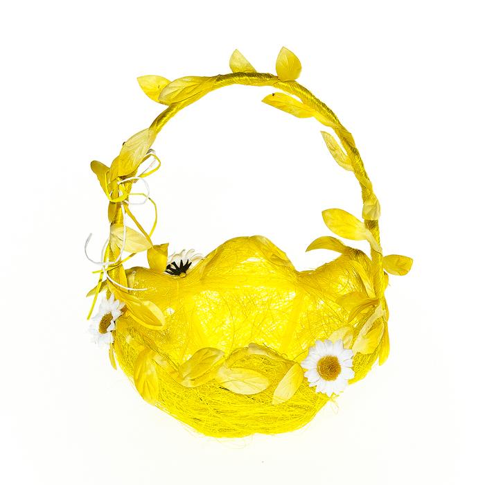 Корзина декоративная Home Queen Ромашки, цвет: желтый, 15,5 х 15,5 х 20 см64336_1Декоративная корзина Home Queen Ромашки предназначена для хранения различных мелочей и аксессуаров. Изделие имеет пластиковый каркас, обтянутый нитями из полиэстера и сизалем. Корзина украшена цветами. Такая корзина станет оригинальным и необычным подарком или украшением интерьера. Размер корзины: 15,5 см х 15,5 см х 20 см. Диаметр дна: 7 см.