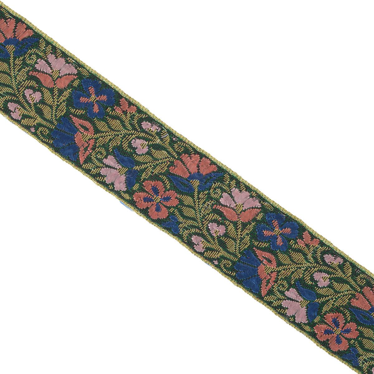 Тесьма декоративная Астра, цвет: зеленый (С4), ширина 3 см, длина 9 м. 77034437703443_С4Декоративная тесьма Астра выполнена из текстиля и оформлена оригинальным жаккардовым орнаментом. Такая тесьма идеально подойдет для оформления различных творческих работ таких, как скрапбукинг, аппликация, декор коробок и открыток и многое другое. Тесьма наивысшего качества и практична в использовании. Она станет незаменимым элементом в создании рукотворного шедевра. Ширина: 3 см. Длина: 9 м.