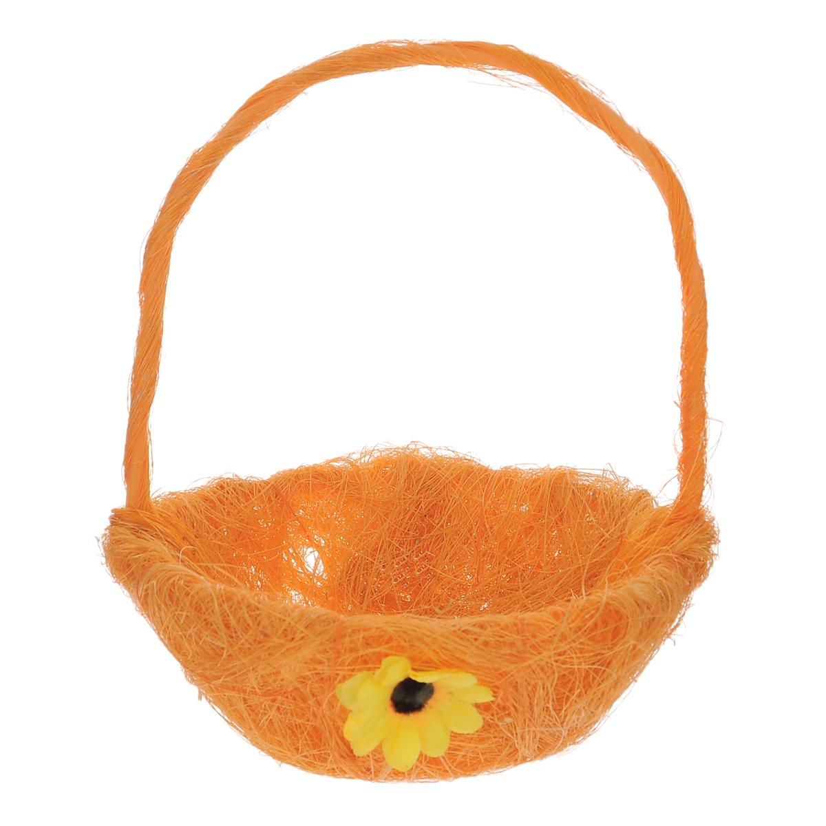 Корзинка декоративная Home Queen Легкость, цвет: оранжевый, 14,5 см х 19 см66818_3Декоративная корзинка Home Queen Легкость предназначена для украшения интерьера и сервировки стола. Изделие выполнено из сизаля, имеет жесткий пластиковый каркас. Внешние стенки украшены аппликацией в виде подсолнуха. Корзинка оснащена ручкой. Такая оригинальная корзинка станет ярким украшением стола. Идеальный вариант для хранения пасхальных яиц. Диаметр корзинки: 14,5 см. Высота корзинки: 6 см. Высота корзинки (с ручкой): 19 см.