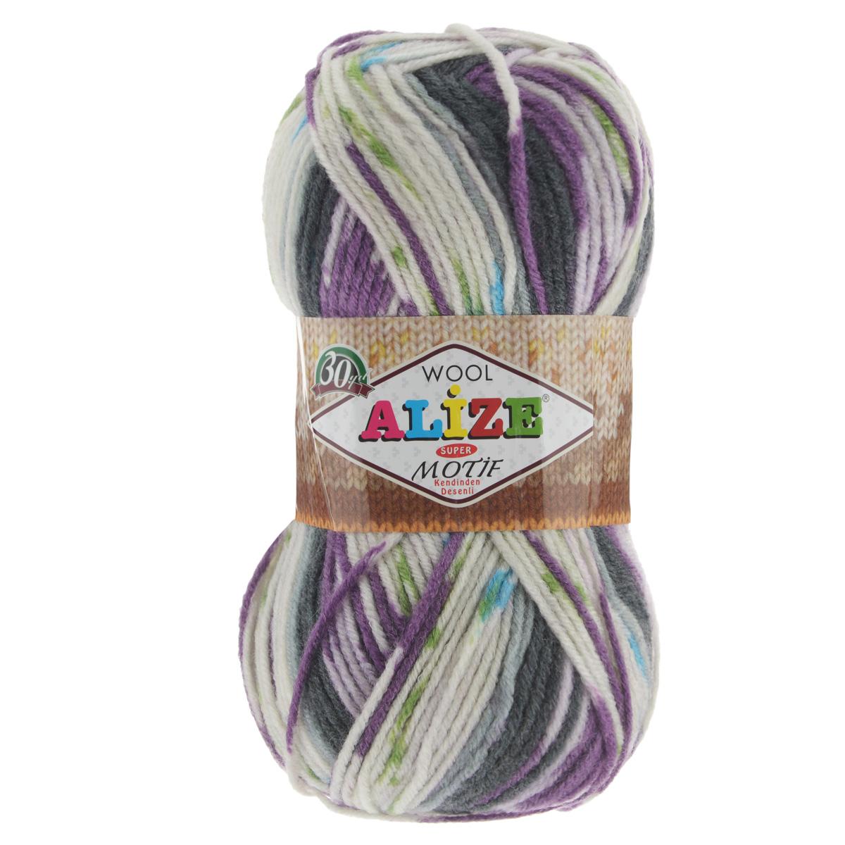 Пряжа для вязания Alize Motif, цвет: серый, белый, фиолетовый (1649), 200 м, 100 г, 5 шт367014_1649Турецкая пряжа Alize MOTIF для ручного вязания. Нить толстая крученая, очень мягкая. Хорошо подходит для вязания теплых свитеров, пальто, изделий для интерьера. Оригинальное сочетание разноцветного узора и полос. Теплая осенне-зимняя пряжа для всей семьи. При вязании лицевой гладью складываются жаккардовые узоры. Состав: 80% акрил, 20% шерсть. Рекомендованные спицы № 5-6.