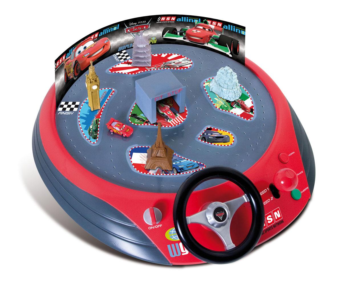 Игра 250246 Юный водитель Cars2, на батарейках, в коробке 59,5*45,5*9 TM Disney250246Версия популярной игры для детей За рулём от испанской фирмы IMC Toys. Игра выполнена в стиле знаменитого мультфильма Тачки-2.