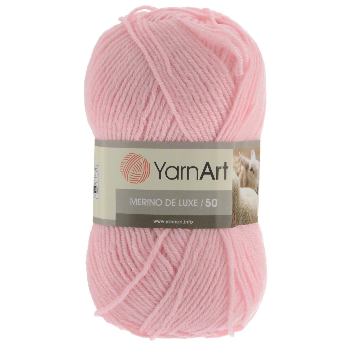 Пряжа для вязания YarnArt Merino de Lux, цвет: розовый (217), 280 м, 100 г, 5 шт372049_217Классическая пряжа для вязания YarnArt  Merino de Lux изготовлена из шерсти и акрила. Пряжа очень мягкая и приятная на ощупь. Теплая, уютная, эта пряжа идеально подходит для вязки демисезонных вещей. Шапочки, шарфы, снуды, свитера, жилеты вяжутся из этой пряжи быстро и легко. Изделия приятны в носке и долго не теряют форму после ручной стирки. Рекомендуются спицы 3,5 мм, крючок 4 мм. Состав: 49% шерсть, 51% акрил.
