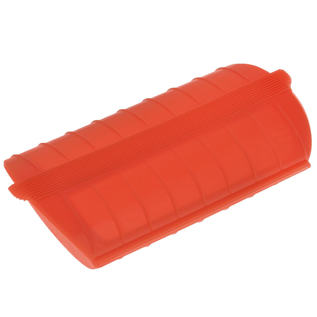 Конверт для запекания Lekue, силиконовый, цвет: красный3404600R10U004Конверт для запекания Lekue изготовлен из высококачественного пищевого силикона, который выдерживает температуру от -60°С до +220°С. Благодаря особым свойствам силикона, продукты остаются такими же сочными, не пригорают и равномерно пропекаются. Конверт делает оптимальным приготовление пищевых продуктов, делая более интенсивным вкус каждого из них и сохраняя все содержащиеся в них питательные вещества. Для конверта предусмотрен съемный внутренний поддон-решетка, который позволит стечь лишнему жиру и соку во время размораживания, хранения и приготовления. Приготовление пищи можно производить с поддоном или без него, в зависимости от желаемого результата. Конверт закрывается, поэтому жир не разбрызгивается по стенкам духовки. Приготовленное блюдо легко вынимается из конверта и позволяет приготовить одновременно до четырех порций. Идеально подходит для приготовления мяса, курицы или рыбы. В дополнение к основным достоинствам конверта для запекания с поддоном - он...