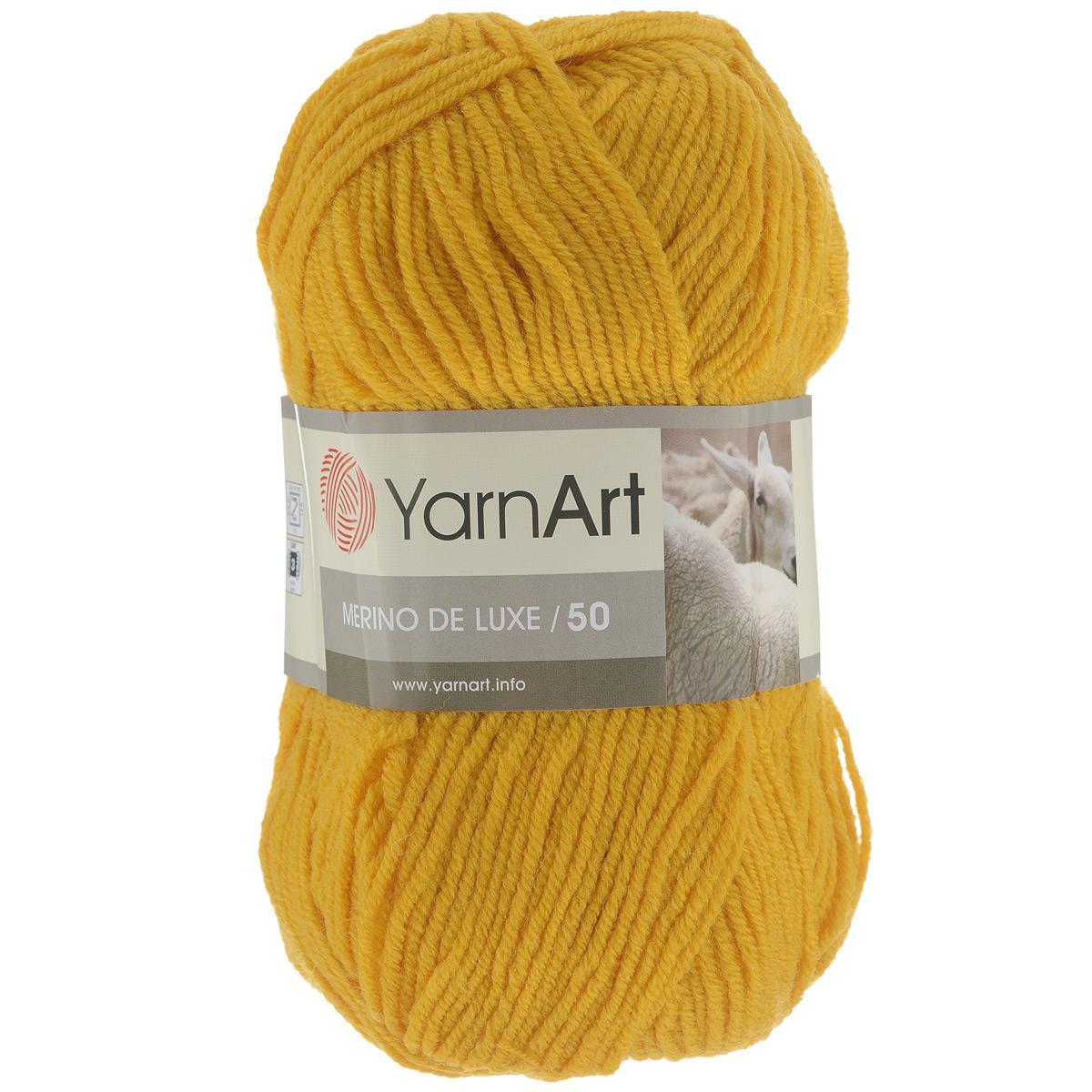 Пряжа для вязания YarnArt Merino de Lux, цвет: темно-желтый (586), 280 м, 100 г, 5 шт372049_586Классическая пряжа для вязания YarnArt  Merino de Lux изготовлена из шерсти и акрила. Пряжа очень мягкая и приятная на ощупь. Теплая, уютная, эта пряжа идеально подходит для вязки демисезонных вещей. Шапочки, шарфы, снуды, свитера, жилеты вяжутся из этой пряжи быстро и легко. Изделия приятны в носке и долго не теряют форму после ручной стирки. Рекомендуются спицы 3,5 мм, крючок 4 мм. Состав: 49% шерсть, 51% акрил.