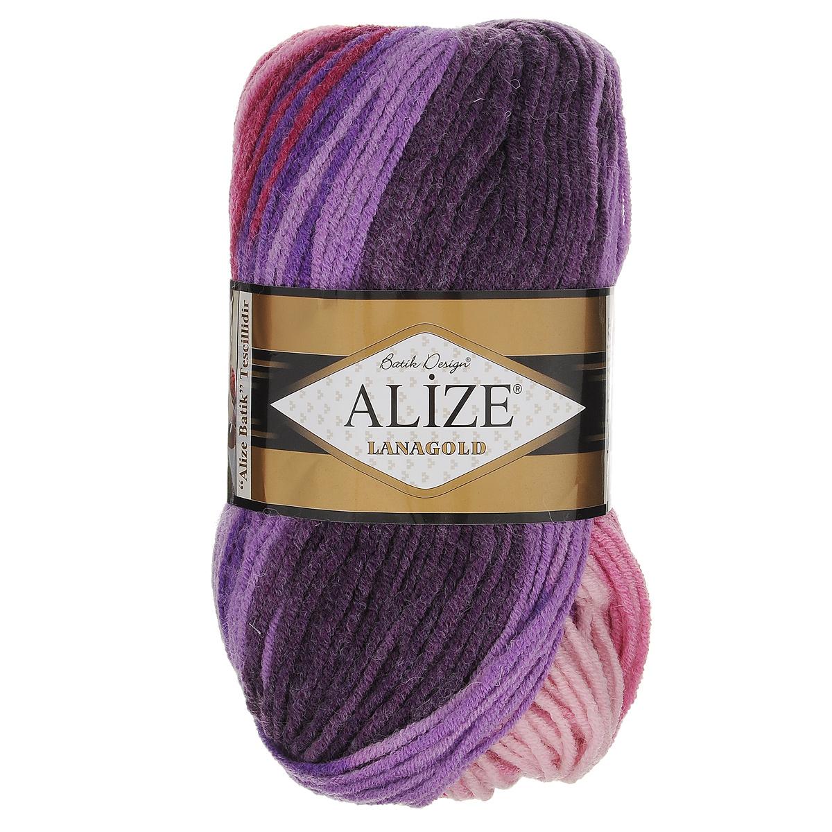 Пряжа для вязания Alize Lanagold Batik Design, цвет: фиолетовый, бордовый, розовый (1739), 240 м, 100 г, 5 шт364096_1739Полушерстяная пряжа Lanagold Batik Design - настоящая зимняя классика. Изделия из такой пряжи отлично поднимает настроение разнообразием своих красок. Большой выбор вариантов меланжевых расцветок позволяет создавать от веселых детских шапочек до элегантных женских пончо и солидных мужских пуловеров. С пряжей Lanagold Batik Design не требуется вывязывания узоров высокой сложности, так как пряжа эта отлично смотрится в любых косах и даже в простой чулочной вязке. Благодаря секционно окрашенной нити изделия получаются весьма оригинальными, стильными и нарядными. Кроме того, пряжа удобна в работе: средней толщины ниточка плотно скручена, упругая, гладкая, легко ложится и не слоится - с ней даже неопытная рукодельница справится без труда. Рекомендуемый размер спиц: №4-6 мм. Состав: 51% акрил, 49% шерсть.